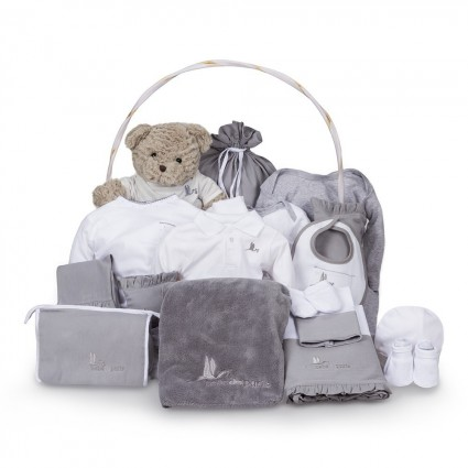 Classic Deluxe Baby Gift Basket Pink